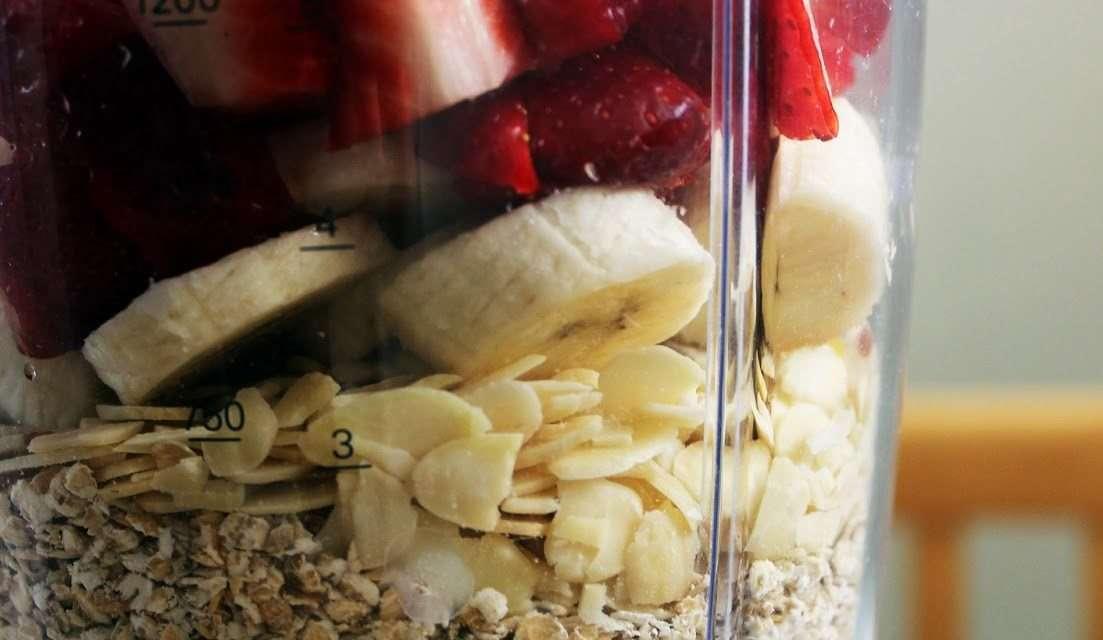 Fruit Smoothie Recipe – Strawberry & Oats