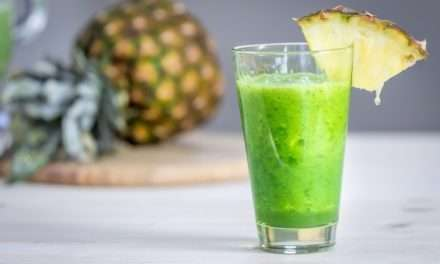 [Recipe] Pineapple and Kale – THE Sinusitis-Busting Smoothie