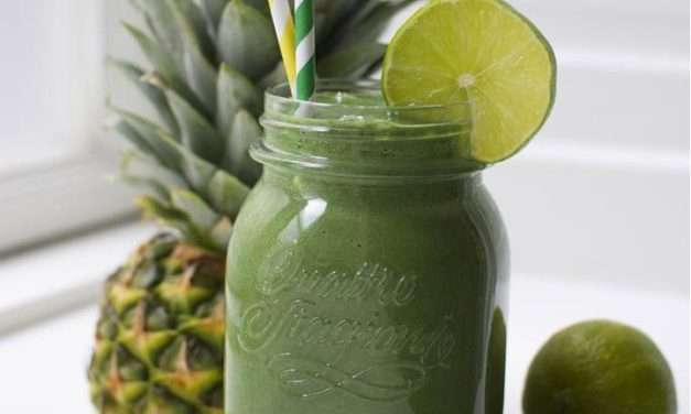 [RECIPE] Tropical Magic Green Superfood Smoothie