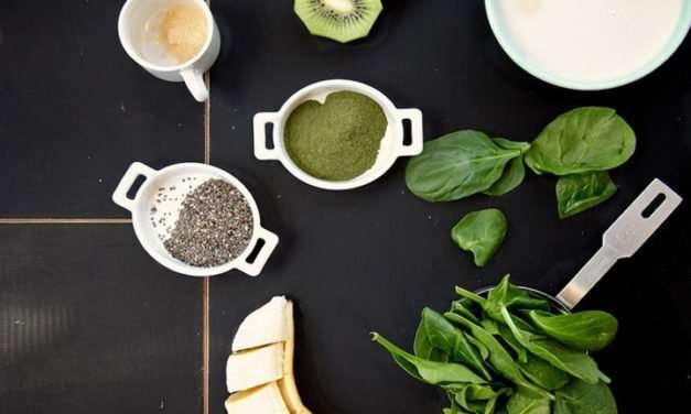 [Recipe] Joy's Spinach, Kiwi & Chia Seed Smoothie