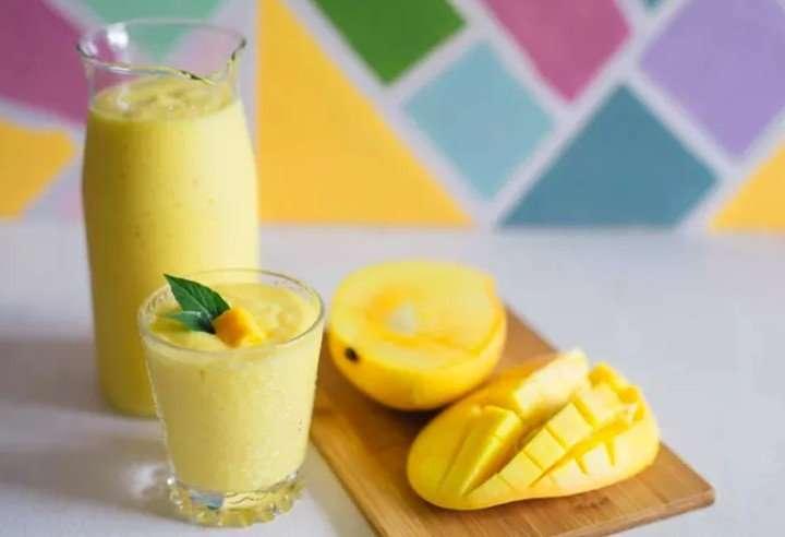 [Recipe] Orange-Mango Creamy Smoothie – Healthy, Vegan & Thirst-Quenching