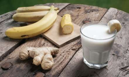 [Recipe] Tummy Soothing Banana Ginger Smoothie