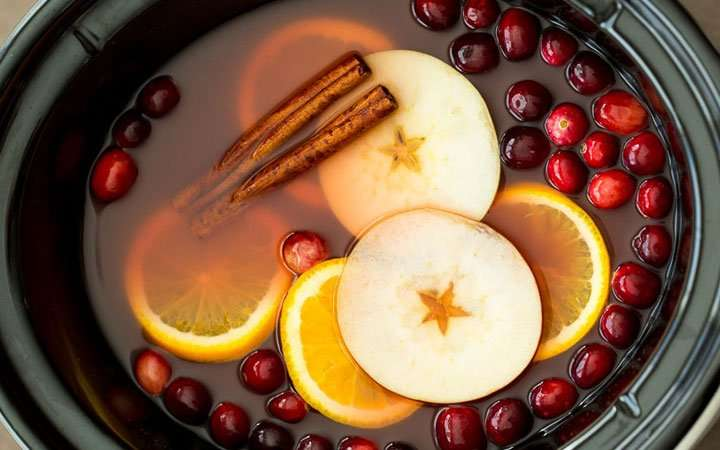 [Recipe] Spiced Apple Cider with Cranberry and Orange
