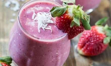 [Recipe] Strawberry Coconut Banana Smoothie