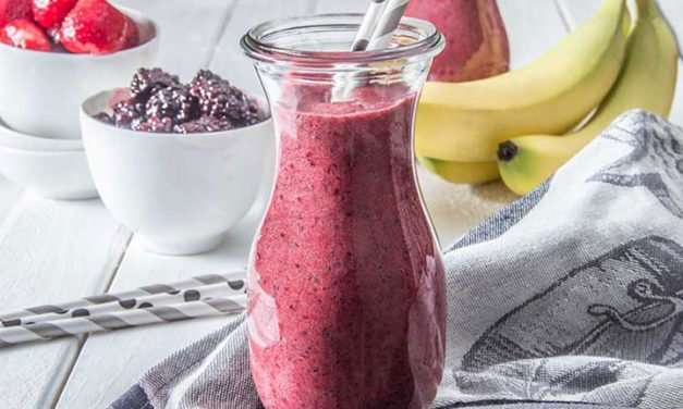 [Recipe] Tasty Berry Chia Smoothie for Under 150 Calories