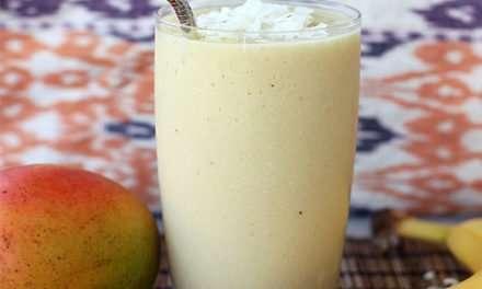 [Recipe] Weight Loss Program: Banana Coconut Mango Smoothie
