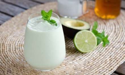 [Recipe] 3-Ingredient Smoothie Tastes Like Key Lime Pie
