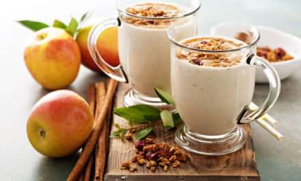 [Recipe] Apple Almond Green Smoothie < 200 Calories