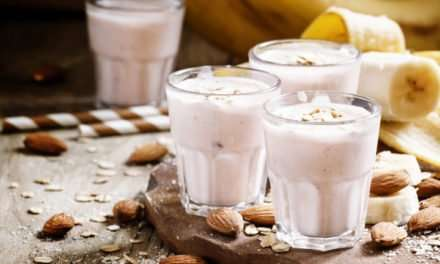 [Recipe] Almond Oat n Banana Smoothie for Under 200 Calories