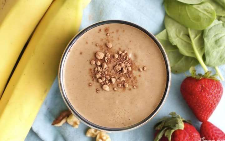 [Recipe] Chocolate Strawberry Walnut Smoothie